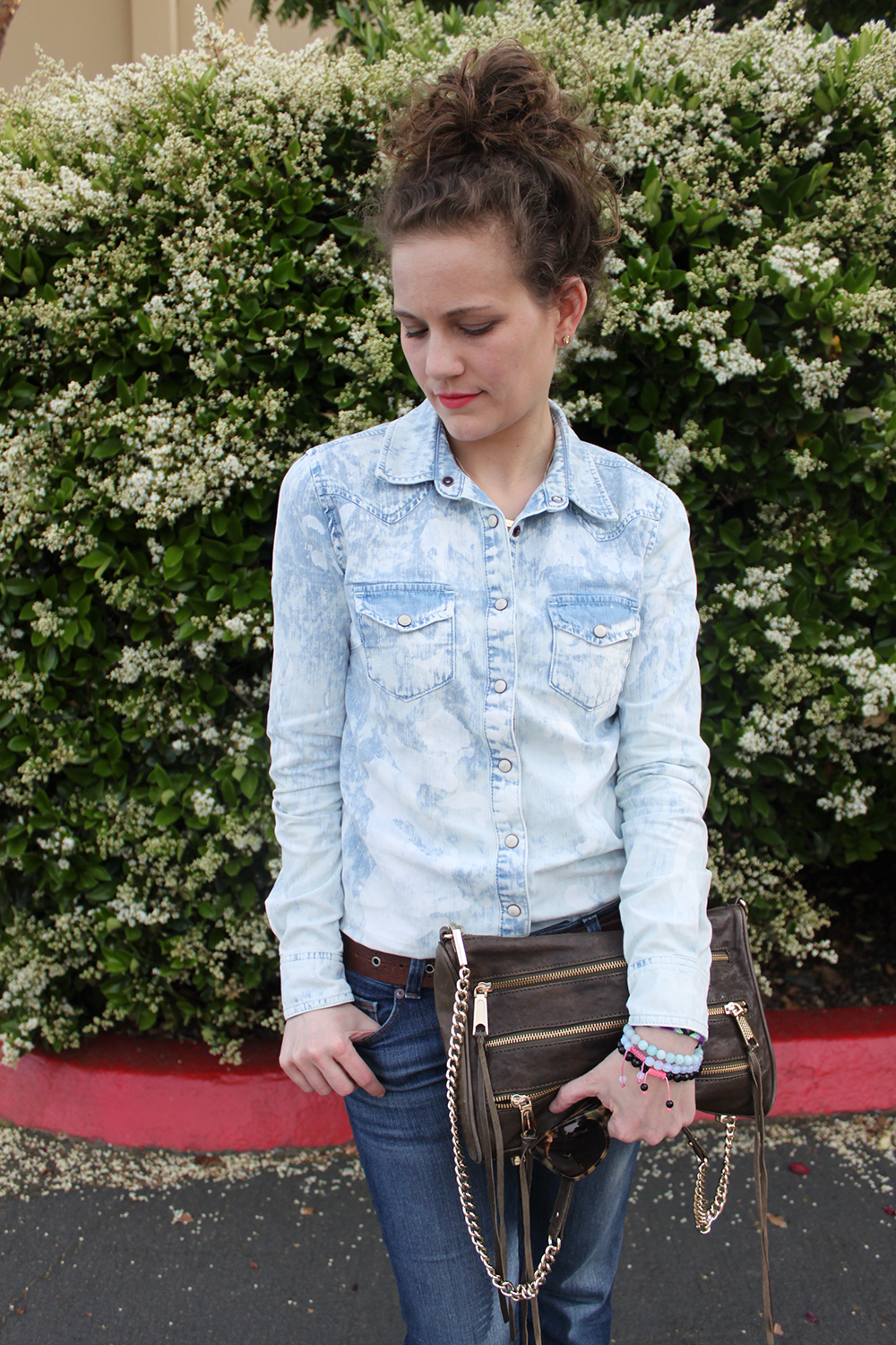 bleached denim chambray shirt - spring 2013 trends - undeniable style