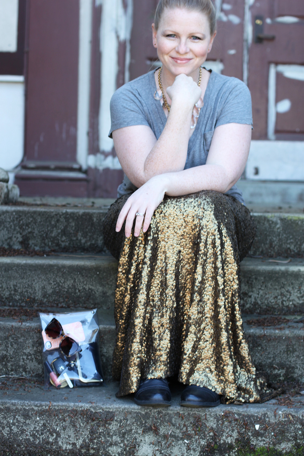 Real girl style. You can wear a sequin maxi skirt! Here's how.